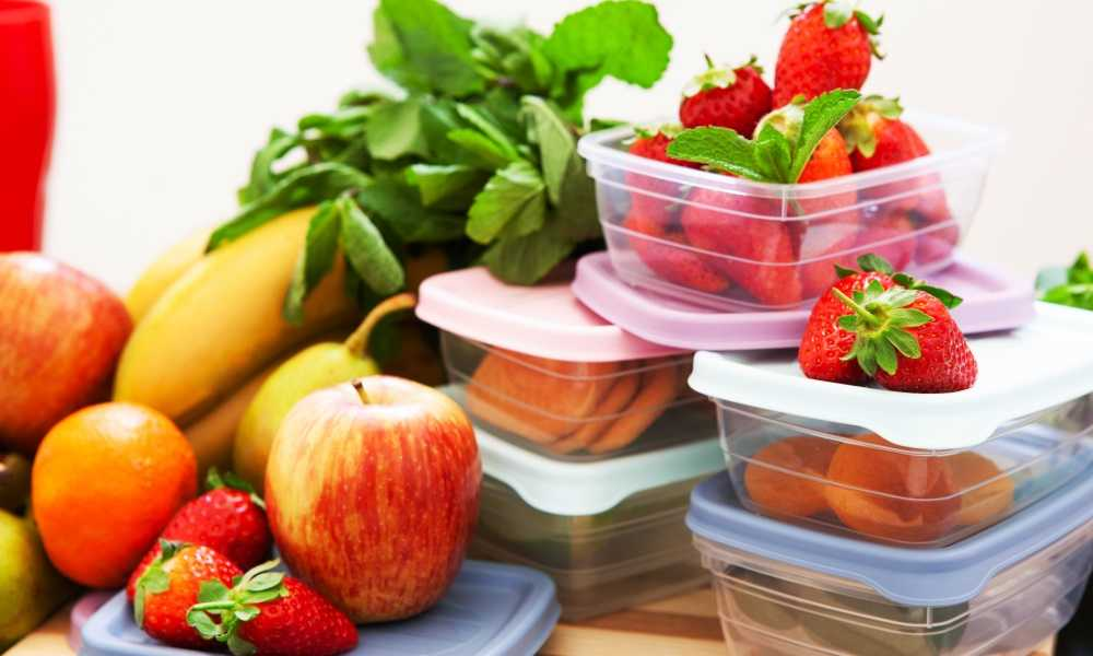 How to Clean Greasy Plastic Containers