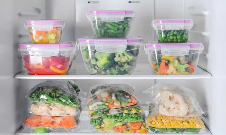 When to Throw Out Plastic Food Containers