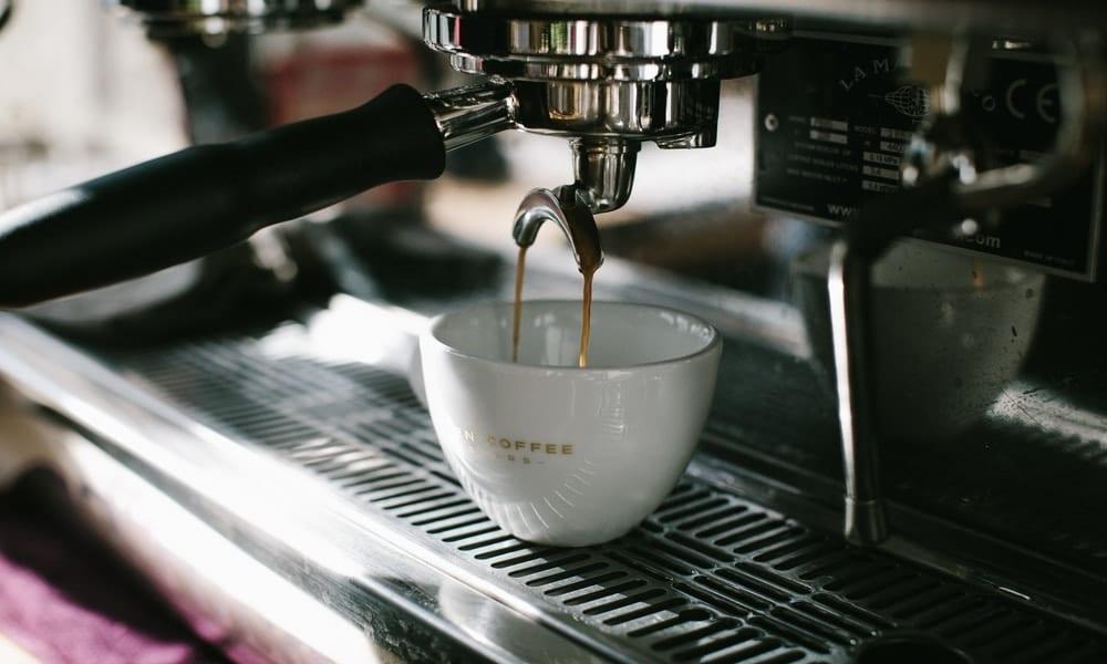 Top 10 Best Espresso Machine Under $300 for 2021: A Comprehensive Guide